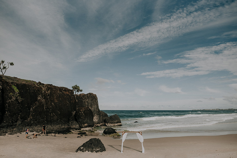 Dreamtime Beach Wedding - Hitched in Paradise