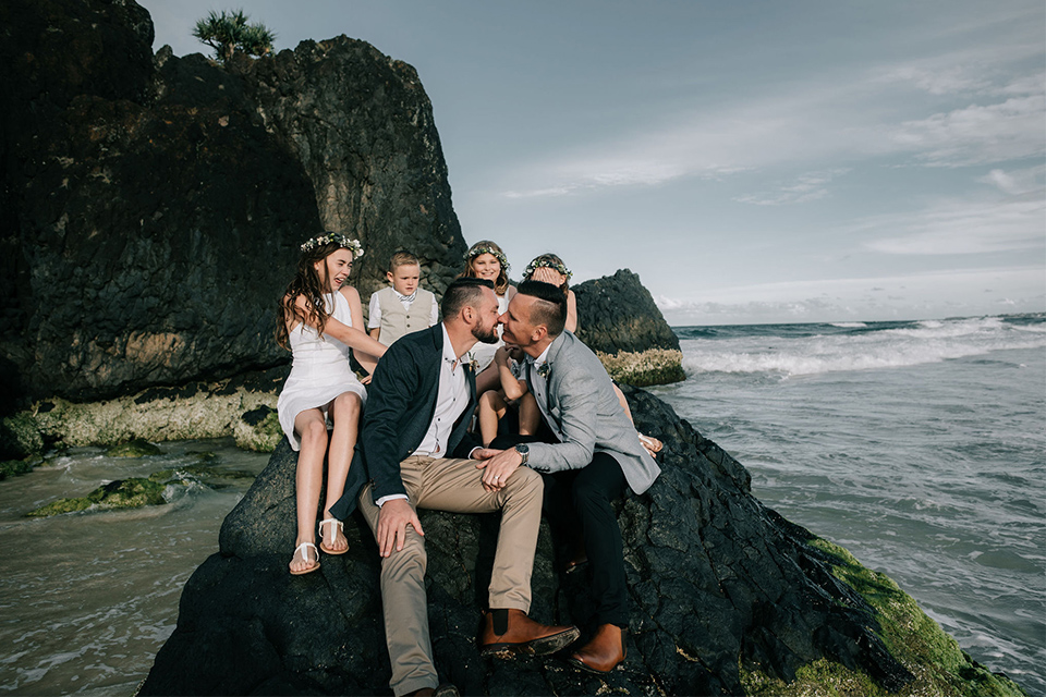 Hitched In Paradise - Tweed Coast Elopement - Love WIns