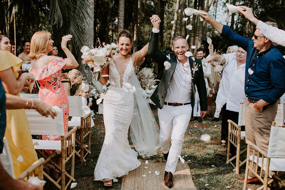 Byron Bay Fun Weddings - Benjamin Carlyle - Newrybar Downs