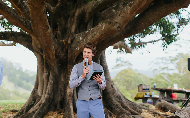 Byron Bay Marriage Celebrant. Benjamin Carlyle a fun young Wedding Celebrant servicing the Bryon Shire.