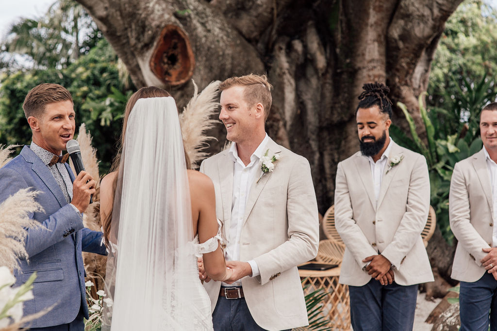 Tarsh & Steve - Figtree Restuarant Wedding Celebrant - Byron Bay